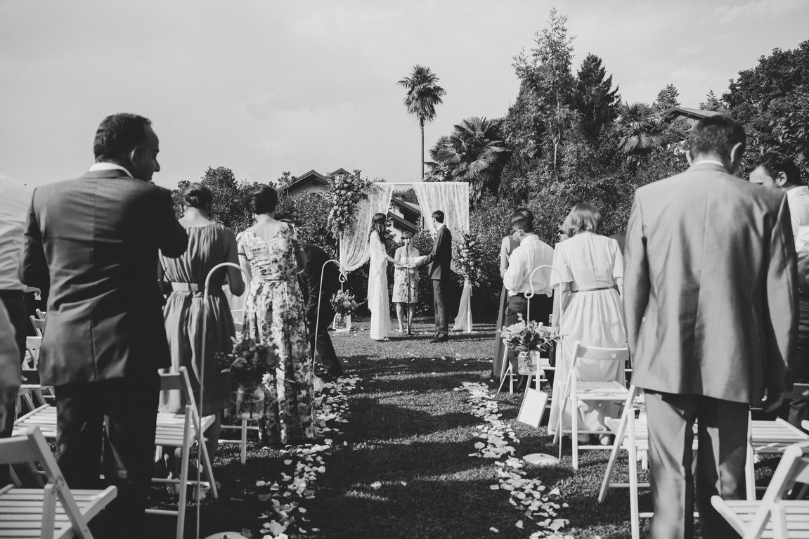 Matrimonio Simbolico All Estero : Cerimonia di matrimonio simbolico il pavone bianco